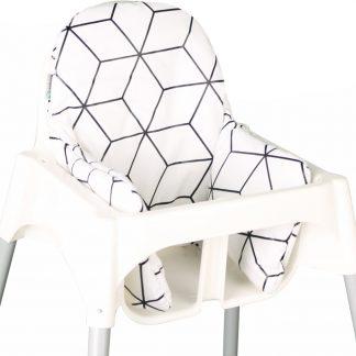 Ukje.nl Kussen voor kinderstoel Ikea Antilop - Wit geometrisch ♥